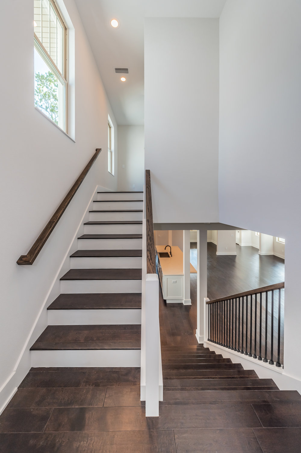 Staircase2-2.jpg
