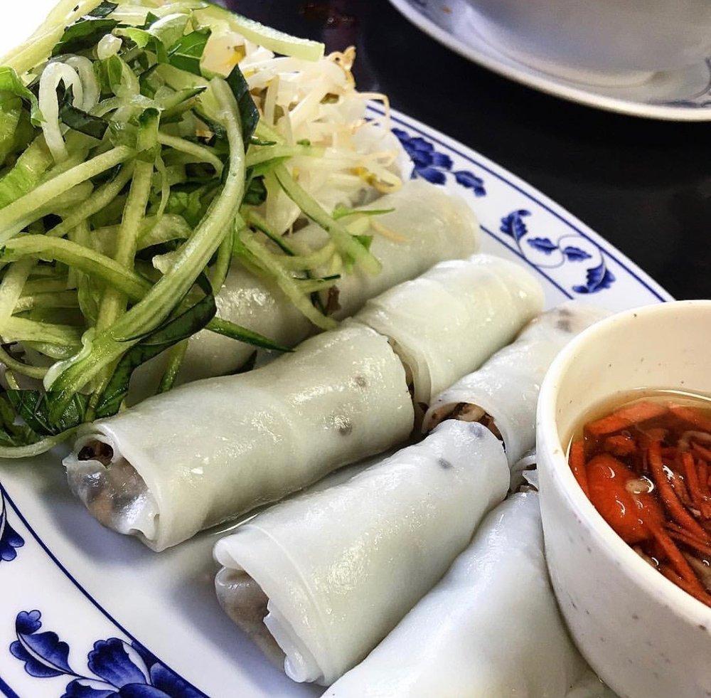 Rice rolls  Pc: @cookbookvegan