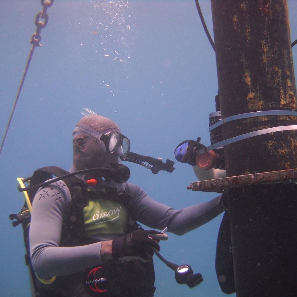 Gordon Walker - OceanographerPacific Islands Ocean Observing System (PacIOOS)Near Shore Sensor Group