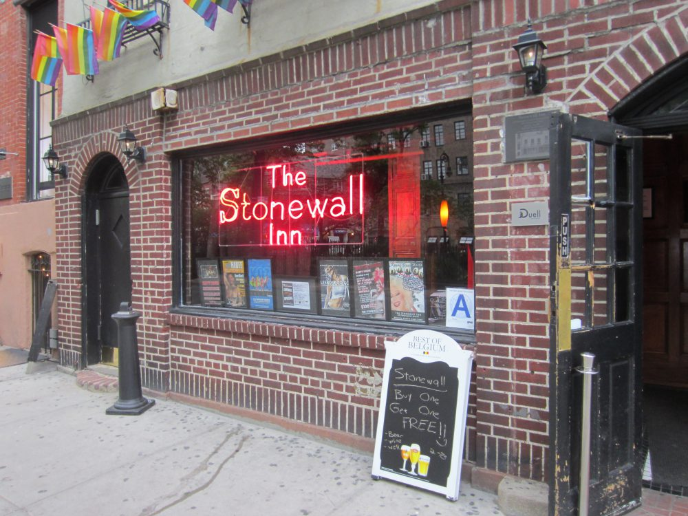 Stonewall_Inn_NYC_May_2014_-_2-e1477530477601.jpg
