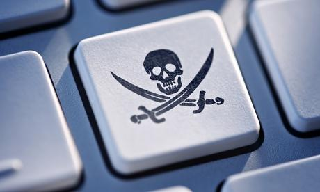 Pirate-button-on-computer-011.jpg