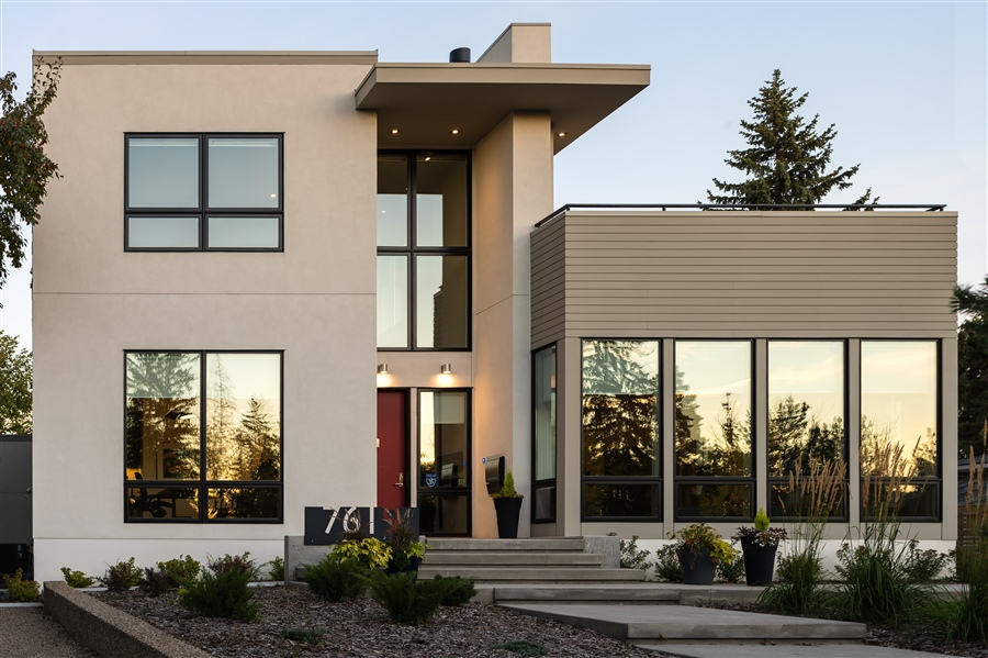 New Homes and Renovations - We are a full service custom design-build firm, who specializes in managing your project from start to finish. We provide in house custom design and a full suite of construction services. We are experts in new home construction and renovation.