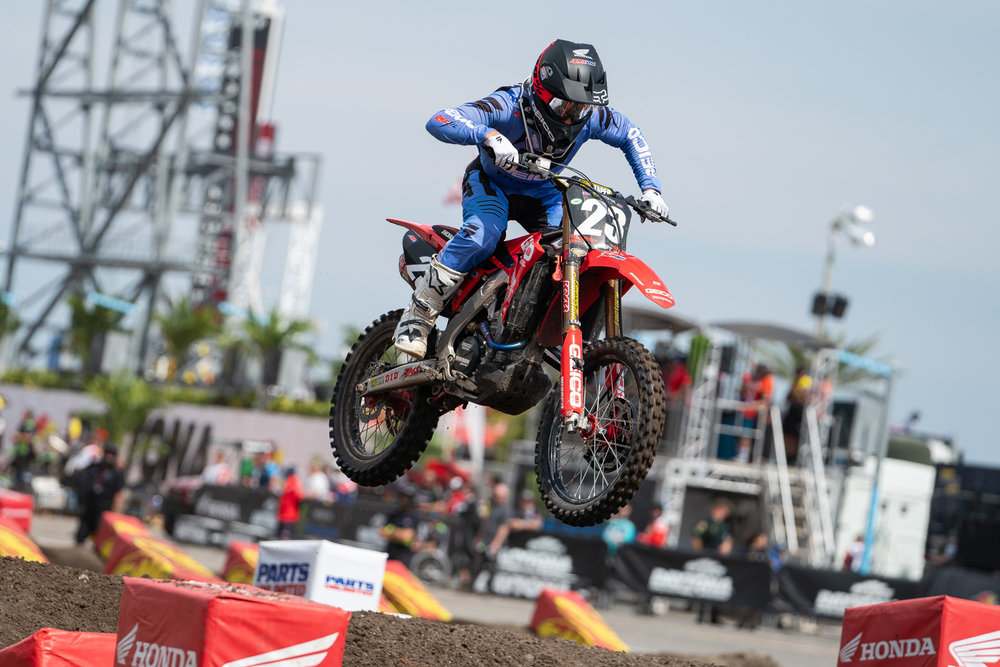 """Chase Sexton has been one rider to watch in the 250 East Coast region this year and he's steadily improved with each week. The GEICO Honda rider was the top qualifier in Daytona but had issues in the night show that kept him from going straight-up with Austin Forkner; Sexton ultimately finished the night in second place and is currently tied for second place in the standings with Justin Cooper. With five rounds remaining, Sexton still has a shot at the title (something would need to happen to Forkner), but he knows that this is a learning year which will help in 2020 and beyond. """"I feel like I have been up front at every race and that's key,"""" he told us after the race. """"My speed has been really good but there are some mistakes. Austin had mistakes last year and now he's crushing, so I'll clean that up."""""""