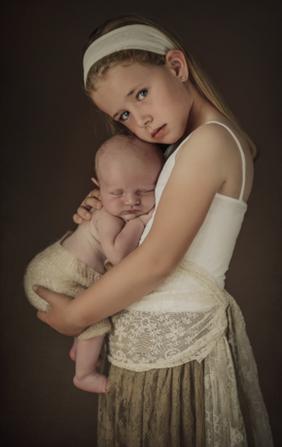 VINTAGE CHIC- Sibling New Born - Big Sister - New Born Photography