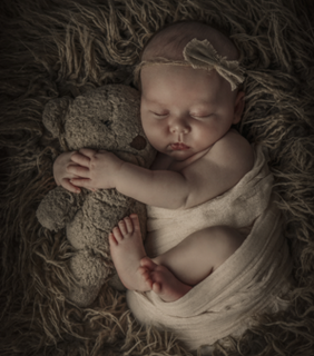 VINTAGE CHIC- New Born - Cute - New Born Photography