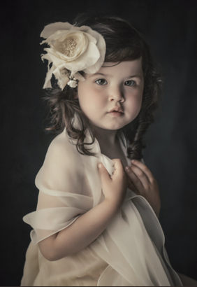 VINTAGE CHIC- Tot - Fine Art - Children Photography