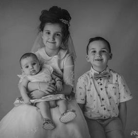 Classique - First Communion Photography