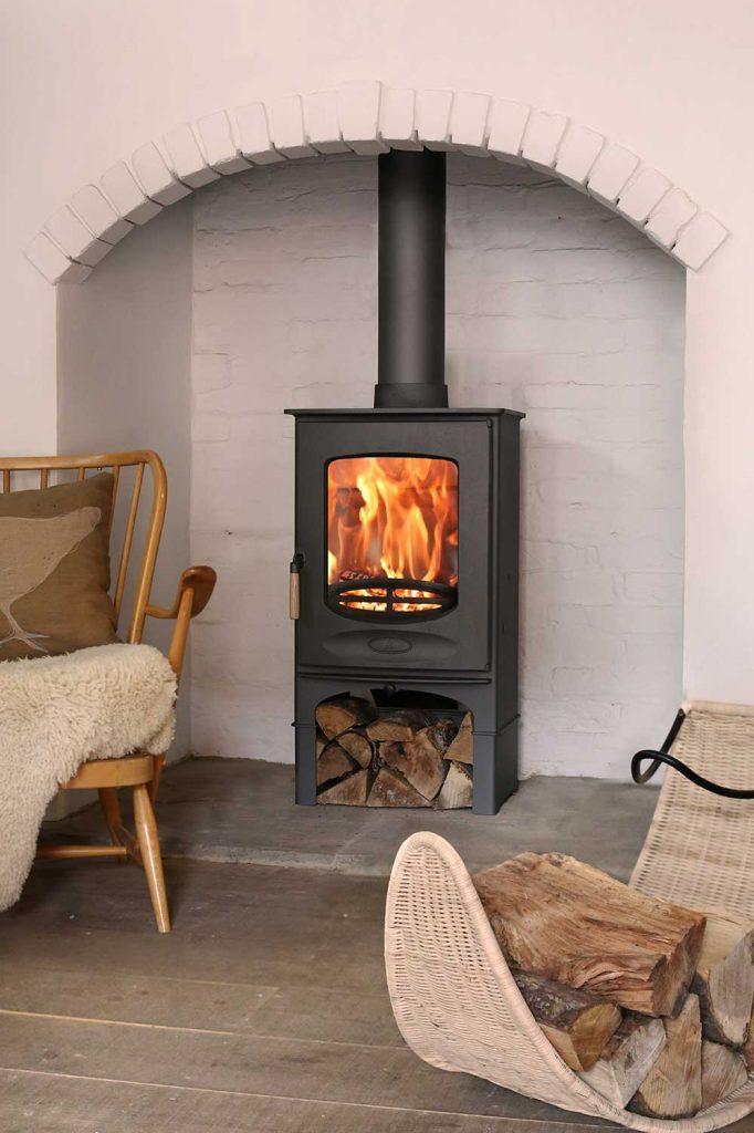 Charnwood-C-Eight-Woodburning-Stove-black-682x1024.jpg