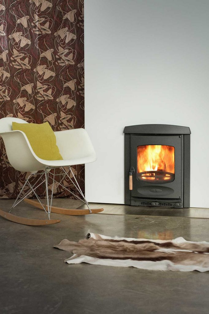 Charnwood-C-Four-Insert-Woodburning-Stove--682x1024.jpg