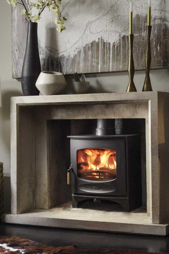 Charnwood-C-Seven-Woodburning-Stove-black-682x1024.jpg