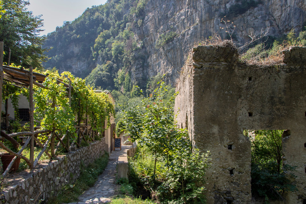 stock-photo-mills-valley-is-a-lovely-walk-on-the-amalfi-coast-along-the-banks-of-a-stream-1153392463.jpg