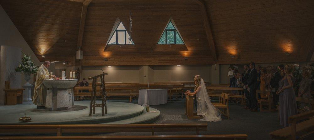 chapel-luxury-irish-wedding-photographer-northren-ireland.png