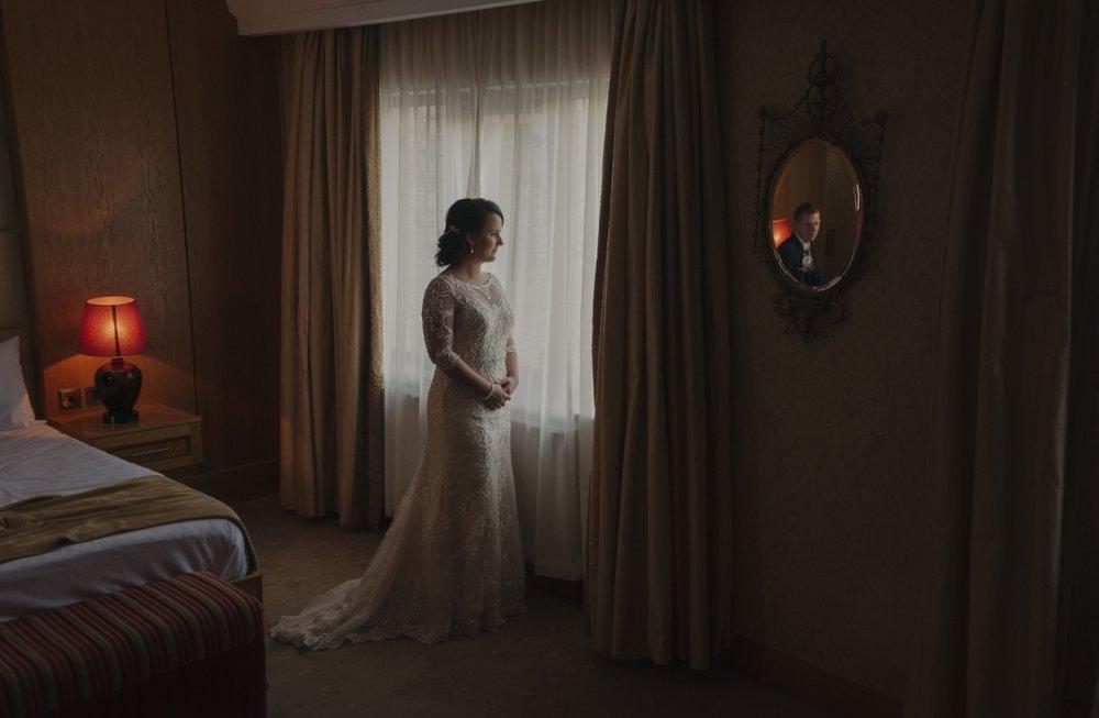 award-winning-photographer-artisic-irish-luxury-weddings-indoor-bridal-suite-at-cabra-castle.png