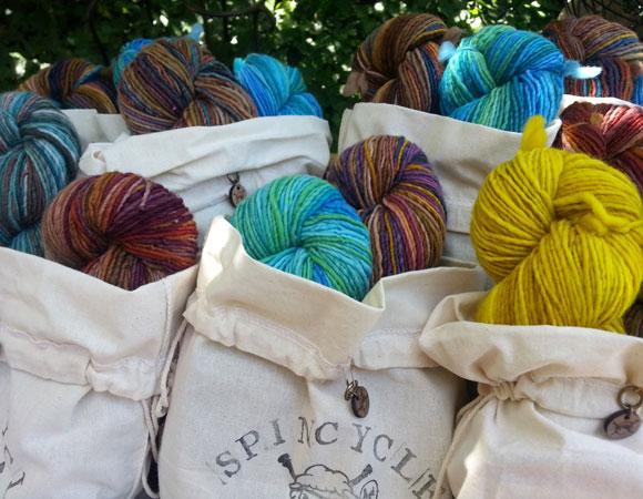 spincycle-brioche-kits-under-tree-RTP