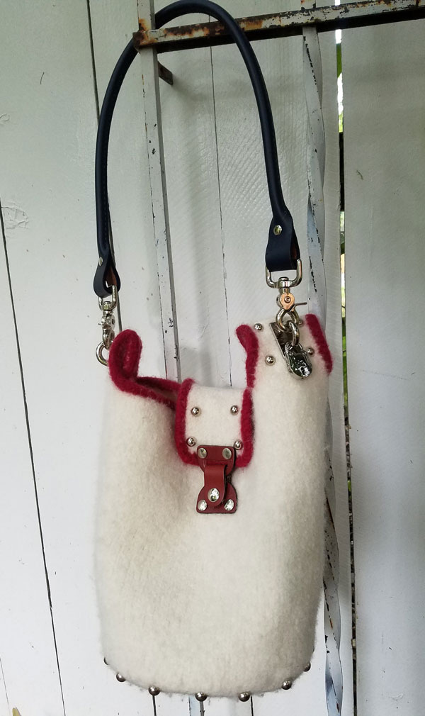 white-felted-bag-for-sample-sale-RTP