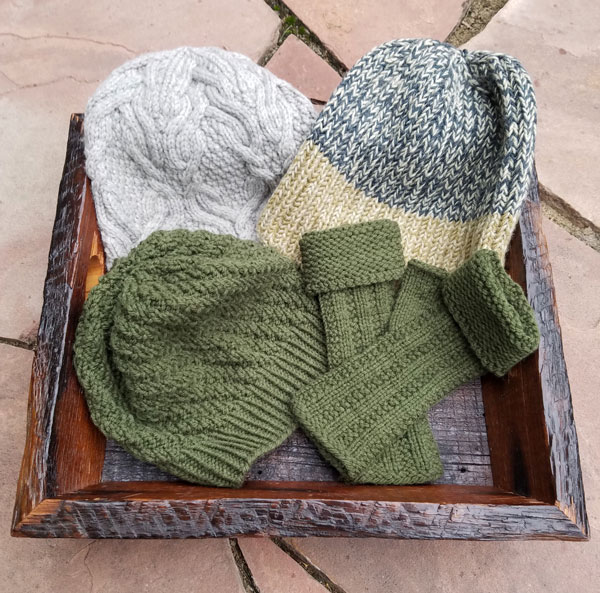 YOTH-hats-and-mitts-RTP