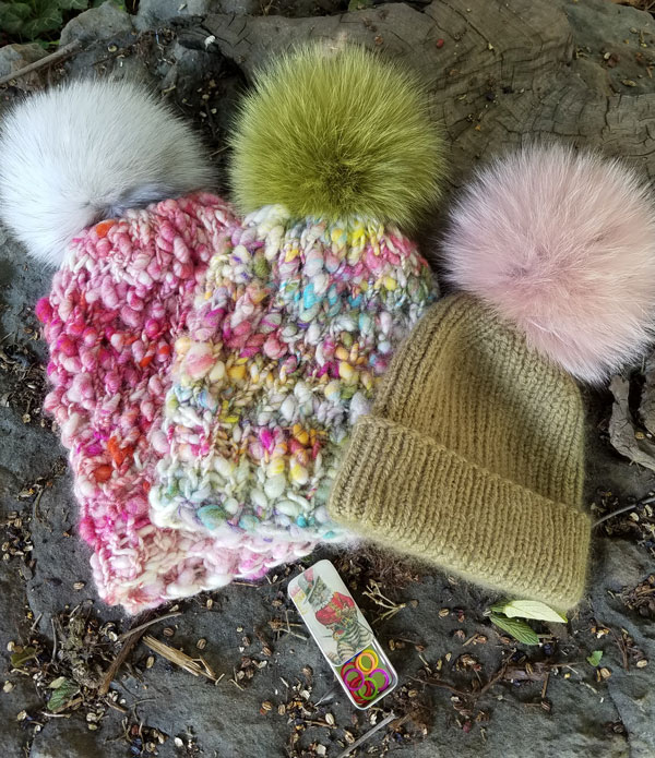Fort Collins, My Sister Knits, Make a Hat Day, Wabarna pompoms