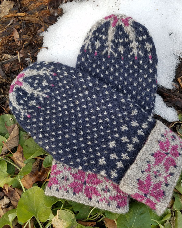 My Sister Knits, Fort Collins Colorado, Fort Collins, northern Colorado, colorwork mittens, Tuku Wool, fingering weight mittens, knitting classes, local yarn shop
