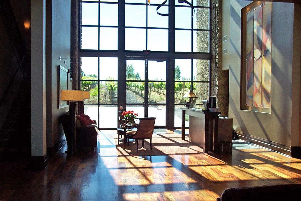 Inn_lobby.jpg