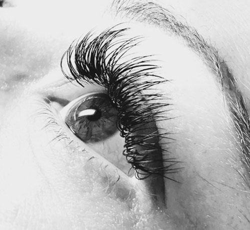 Eyelashes - Lash extensions, lifts and tints.