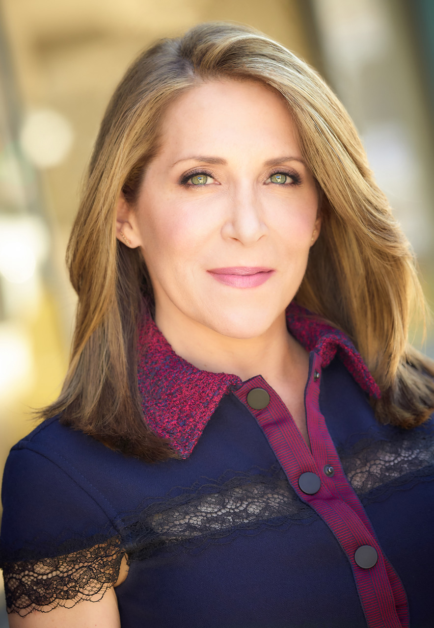 Jessica Yellin - Separating the news from the noise. Author of Savage News (April, 2019). Former CNN Chief White House Correspondent.