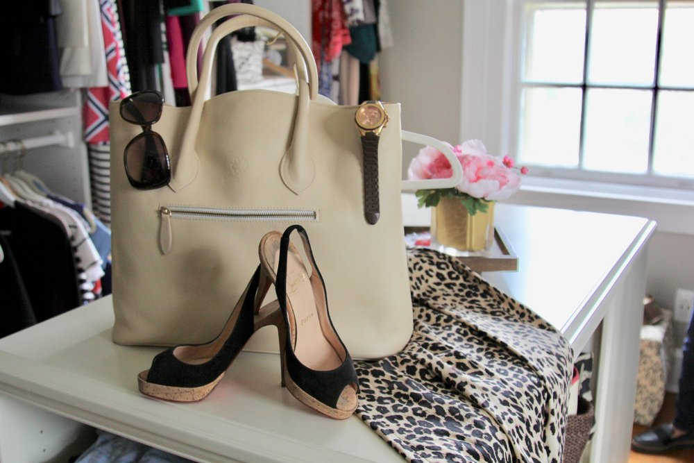 …from my closet 😊 #ambitiouselegancebags #leoparddress #louboutin