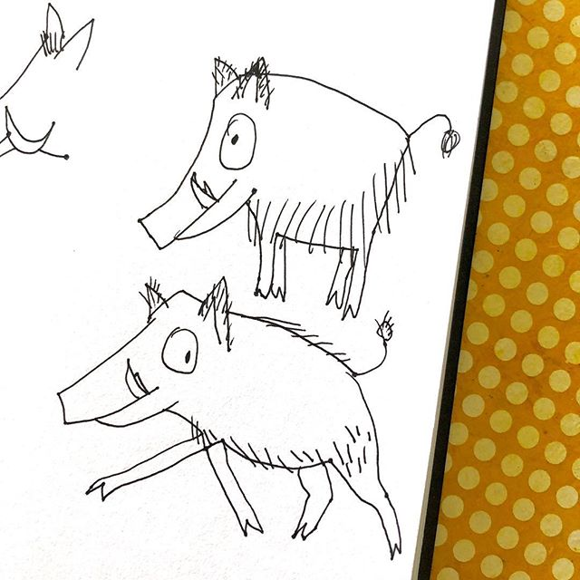 Rosa the wild boar made a first appearance in my sketchbook yesterday. Besides that: my new website is up (link in profile). Would love to hear your thoughts on it. #sketchbook #draw #sketch