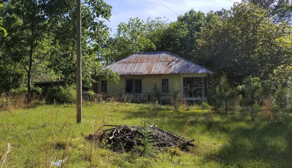 The abandoned remains of the last home of Polly Ann Hicks. Due to neglect, the barns, crib, buggy shelter, smoke house and other buildings no longer exist…