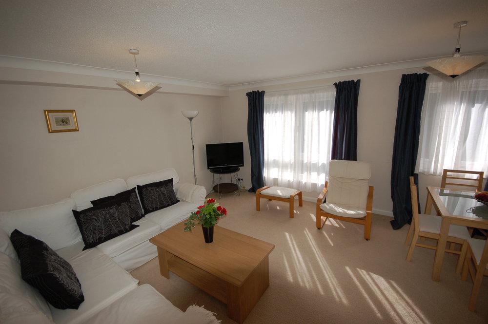 livingroom2_5799746483_o.jpg