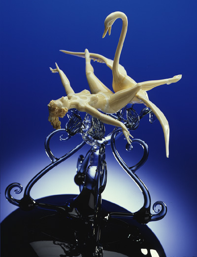 A white glass woman opens her legs for penetration by Zeus in the form of a white glass swan.