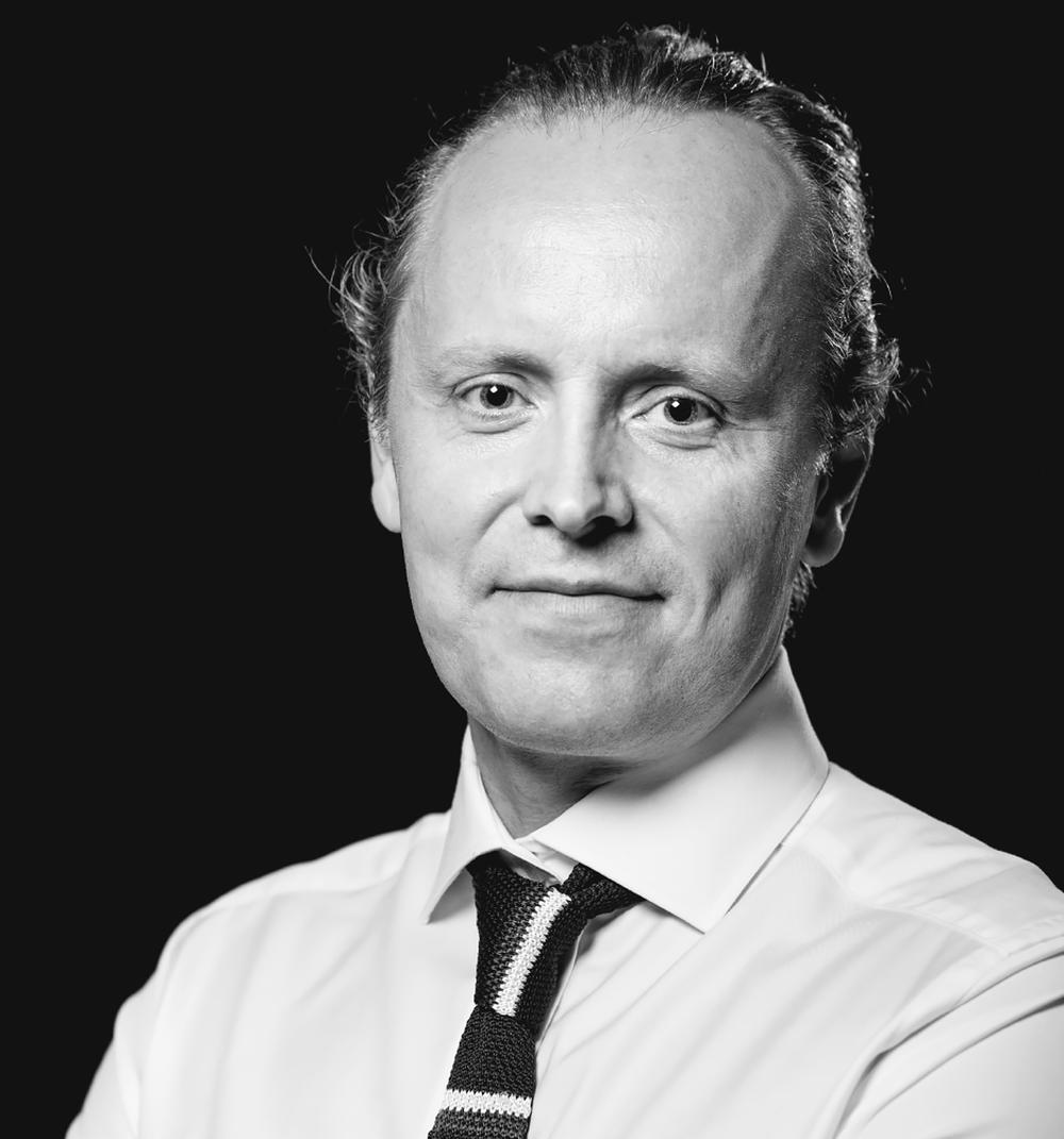 Stephan Szöllös - Leg. kiropraktor