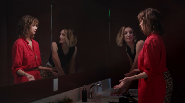 Stevie and Lindsay in the bathroom.