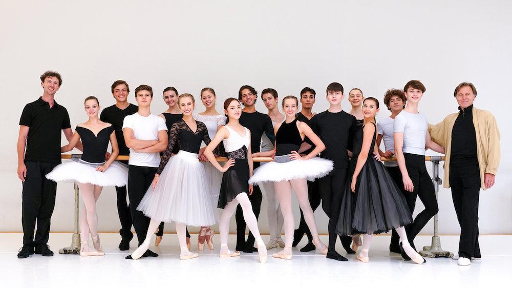 Mitglieder des Ensembles 2018/19 des Bayerischen Junior Balletts München ©Heinz-Bosl-Stiftung