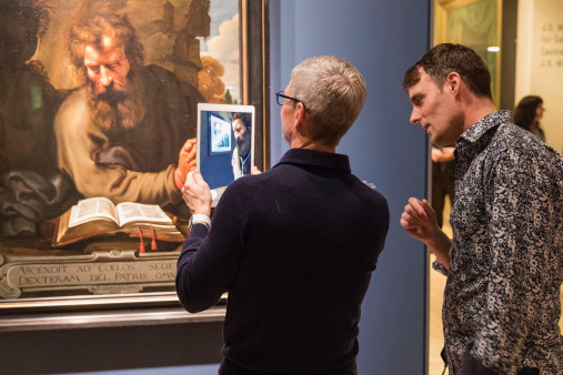 Tim Cook tours ReBlink at the Art Gallery of Ontario. Photo: Apple