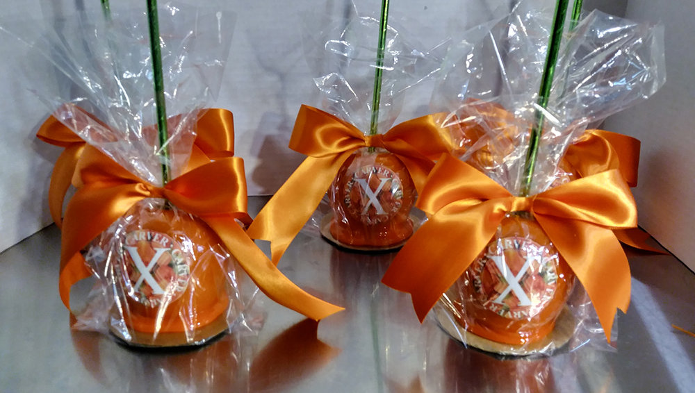 specialties-X-caramel-apples.jpg