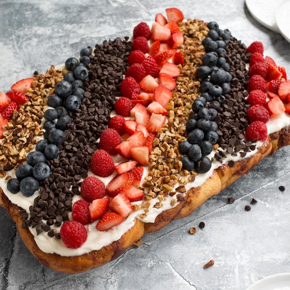 CINNACAKES - Order a custom Cinnacake for your next party!