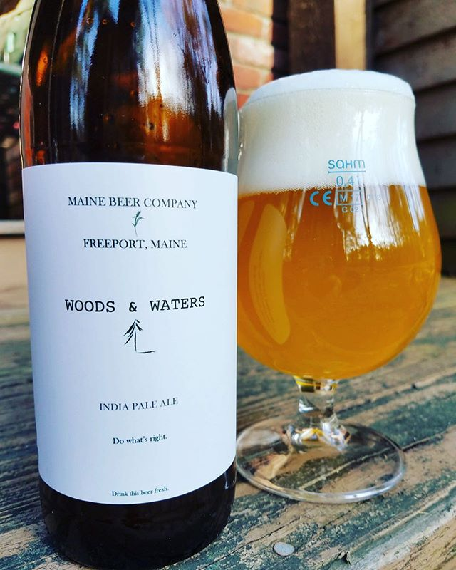 Fresh on tap: Maine Beer Woods & Waters IPA! We're lucky to have gotten such a delicious and rare keg of Maine Beer out here in Chicago - come and get some before it's all gone!!! 🍺🍺🍺 . . . #beer #craftbeer #mainebeer #chicago #chicagogram #craftbeerlove #ipa #drinkbeer #beerpic #ravenswood #delicious #rare #untappd #tappedout #fresh