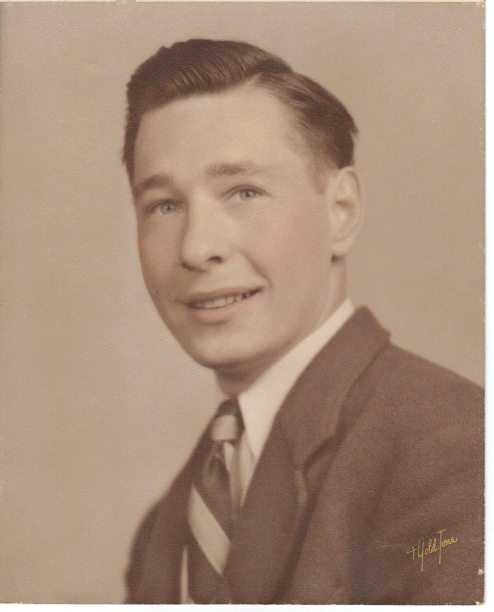 papa_1947.jpg