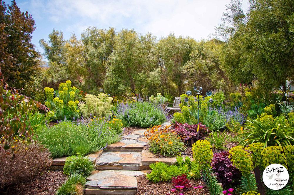 morro-bay_garden-bench.jpg