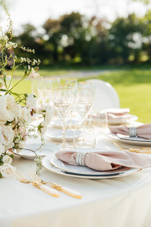 Decor & Table Set - Design & Rent