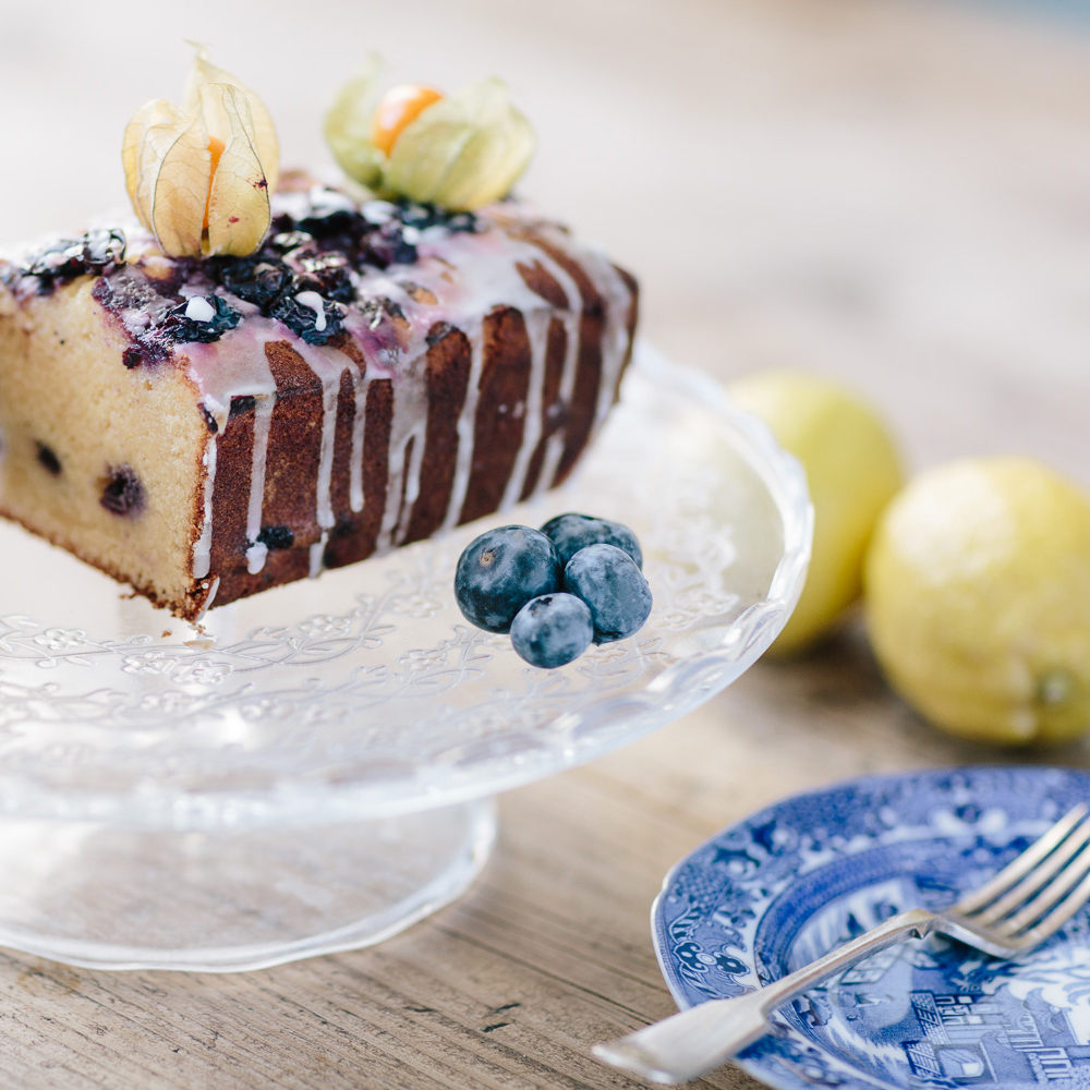 Blueberry-drizzle-cake.jpg
