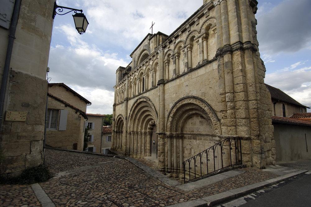Saint Jacues façade2HR.jpg