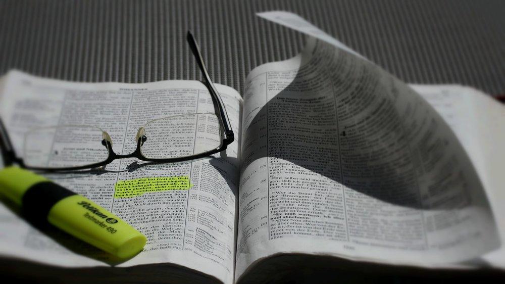 bible-839093_1280.jpg