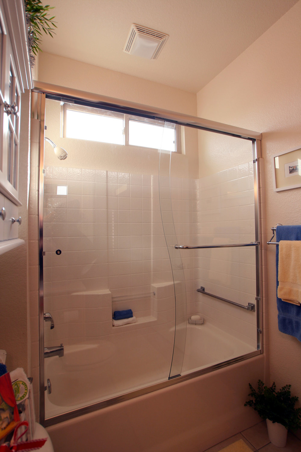 semi-frameless-shower-slide-10.jpg