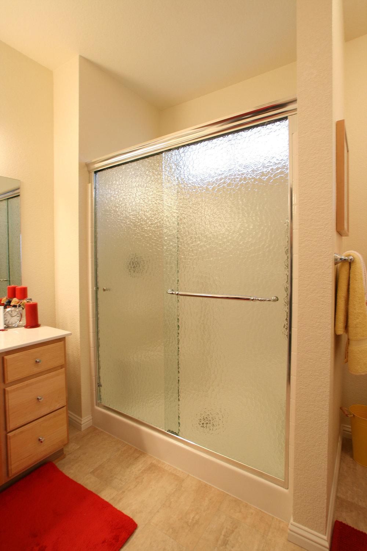 semi-frameless-shower-slide-11.jpg