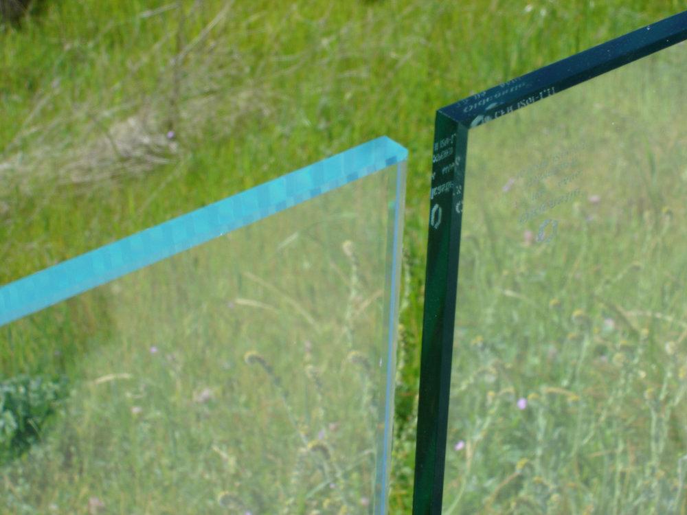 textured-glass-Starphire-vs-Clear.jpg