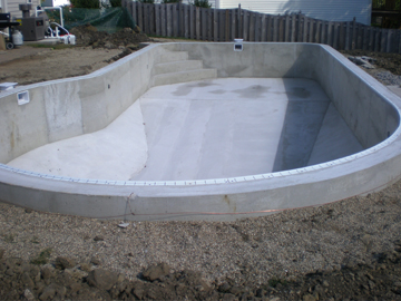 Lifestyle_Concepts-Pool_Build-26.jpg