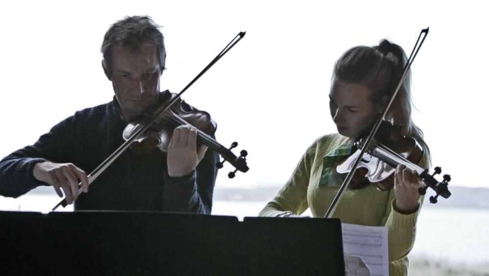 Richard Tognetti and Satu Vänskä performing  VirtuosiDETACHED at Waterview  Bruny Island (John Wardle Estate)