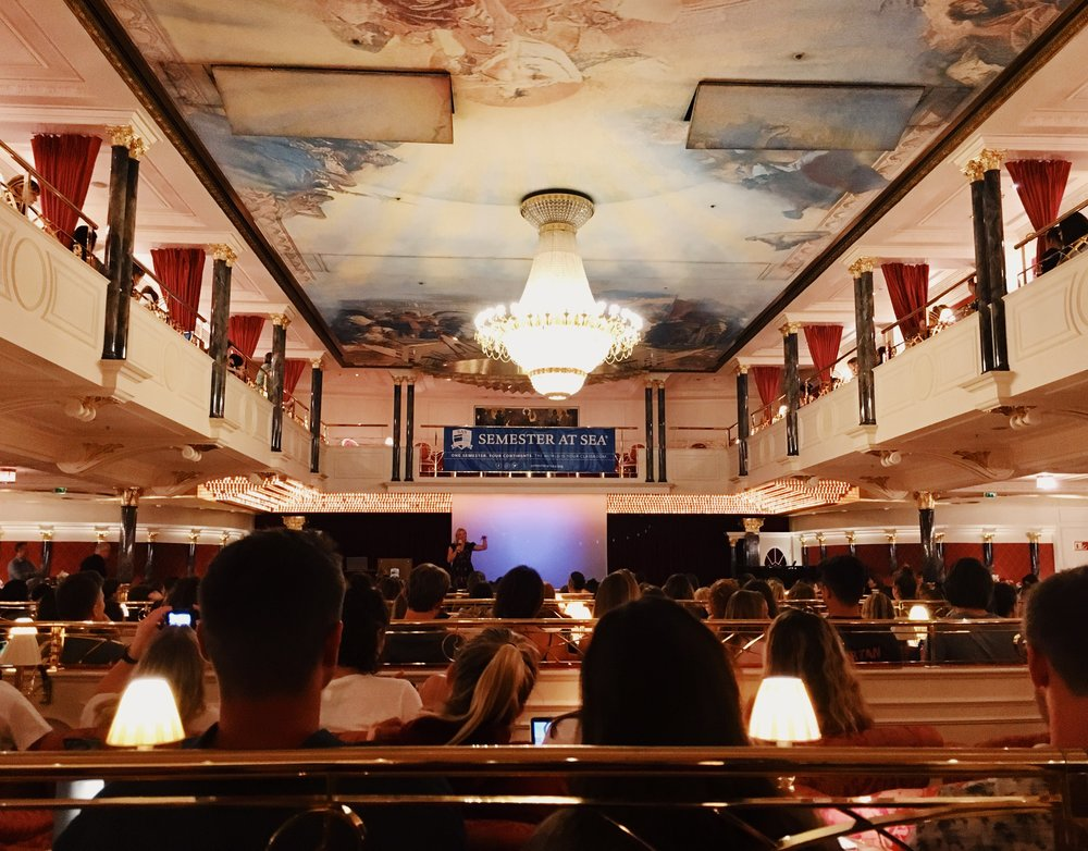 The Kaisersaal Union is the largest gathering place on the ship. There we have class, lecture sessions, movie/game nights, and pre-port discussions.