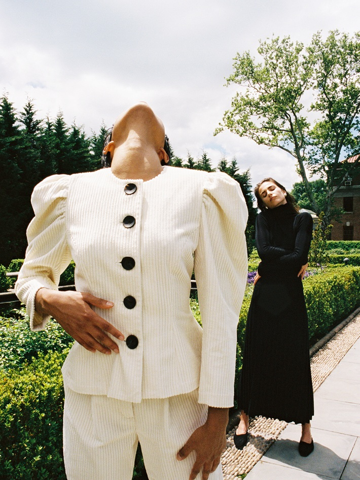 MARA HOFFMAN, USA - Mara Hoffman founded her label in 2000 after graduating from Parsons School of Design in New York City. Fifteen years later, the brand committed itself to implementing more sustainable and responsible practices. In an effort to foster mindful consumption habits, the brand maintains an open conversation about its approach and encourages consumers to reevaluate the relationship society has with clothing.
